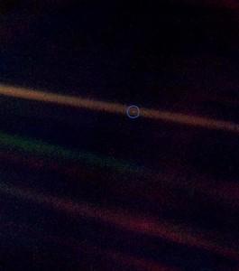 Earth seen from 6.1 billion kilometres (3.7 billion miles)